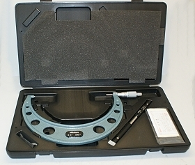 "Mitutoyo 8-9"" x 0.0001"" Micrometer with Standard, Wrench, Case"