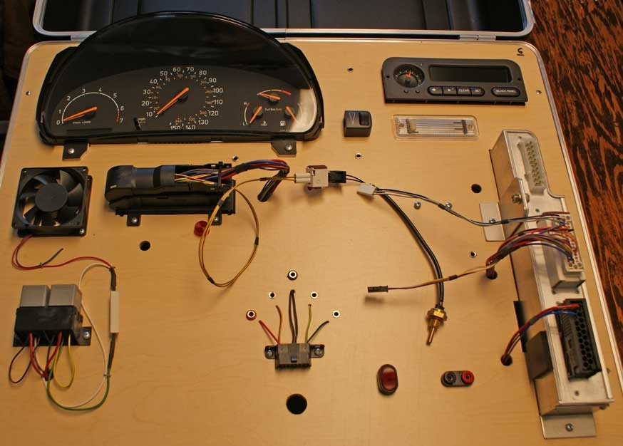 SAAB 900 Programming Training Kit - Control, Instruments