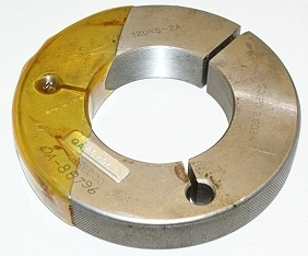 "Thredco 2-5/8"" - 32 UNS-2A Ring Thread Gage"